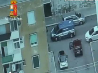 Il blitz della polizia