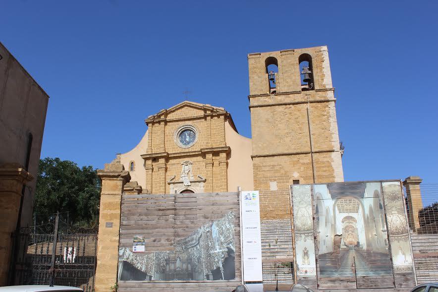 La cattedrale di Agrigento chiusa da tempo