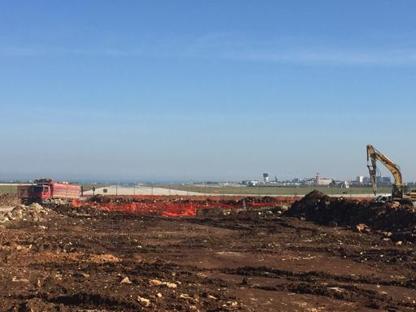 I lavori per la nuova pista dell'aeroporto di Bari